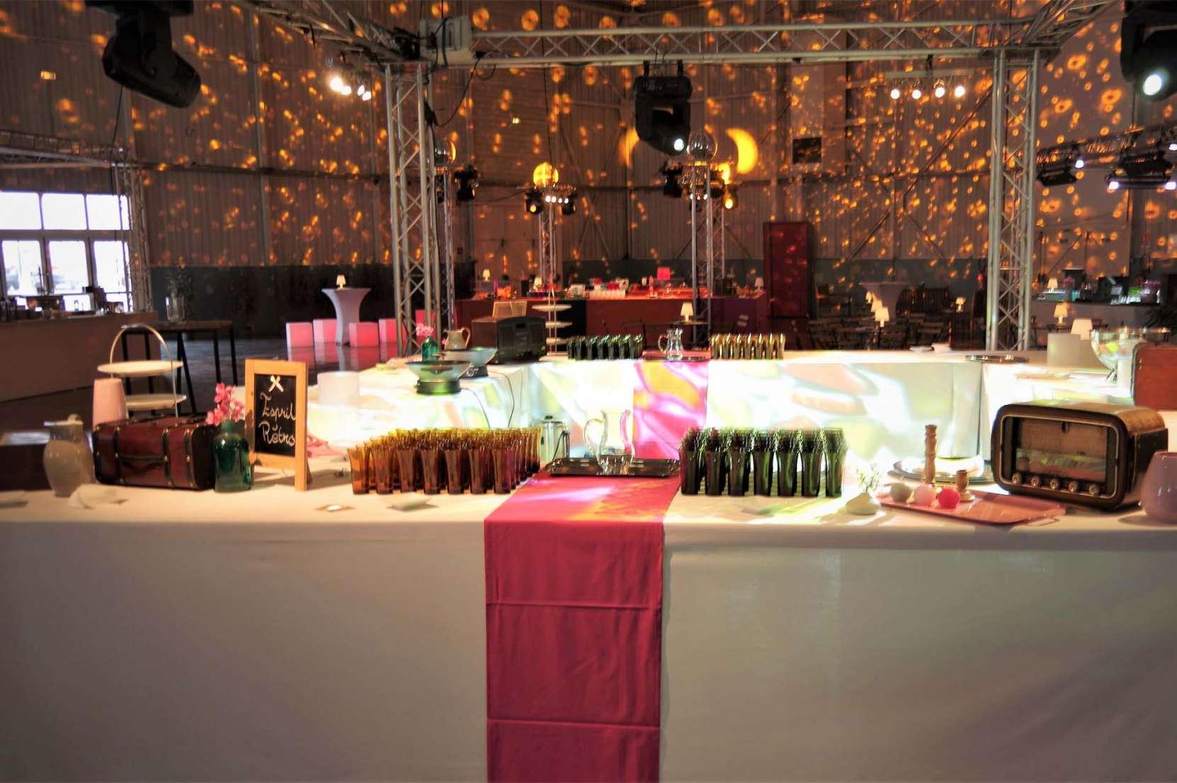 cocktail-pour-80-ans-UPSA-Palais-congrès-Agen-1660x1104.jpg